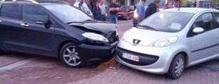 Opkoper voor de export van kapotte en schade auto's in Waregem, Anzegem en Oudenaarde